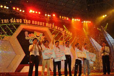 SPK-Knight đăng quang tại Robocon 2009