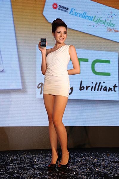 Taiwan excellence, Taiwan Excellence 2013, Taiwan Excellence Cares, Vietnam Expo 2013,  HTC, Acer, Gigabyte, SYM, Luxgen