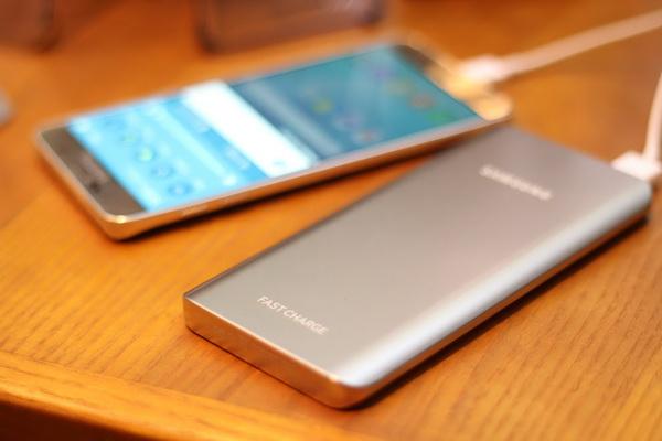 Đặt mua Samsung Galaxy Note 5 nhận quà hấp dẫn