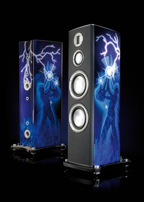 Monitor Audio: Thiết kế mang đậm chất rock