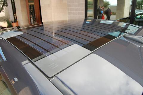 toyota prius solar 2010