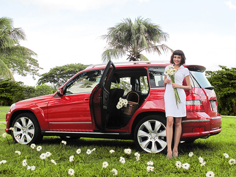 Mercedes Celebrity Club thanh hang glk 4matic