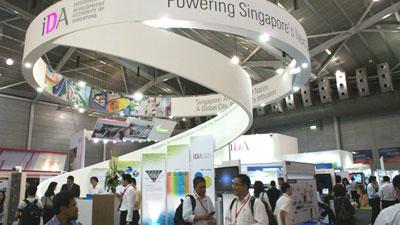 Triển lãm thường niền về thiết bị thông tin liền lạc lớn vào bậc nhất tại Đông Nam á và châu á nói chung